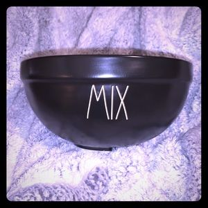 ❣️Rae Dunn Large 'Mix' Bowl❣️
